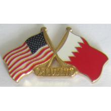 Flag Crossed Metal Lapel Pin in Soft Cloisonne (badge-199)