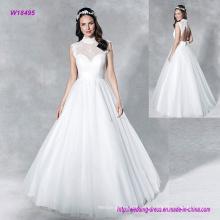 Encaje suave adorna el vestido de novia femenino con cuello alto y escote alto Finisheda en la parte posterior