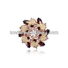 Broche de fleur de revers de luxe pour les costumes Broche de mariage plaquée or pour les femmes