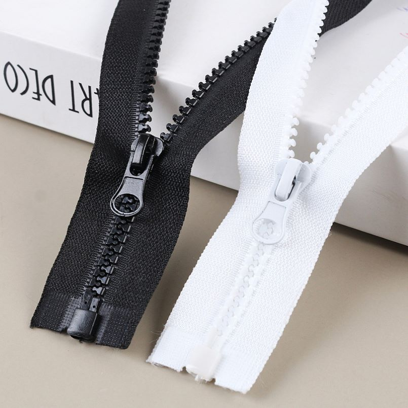 White or Black Polyester Zippers