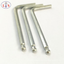 Schraubenschlüssel mit Innensechskantschlüssel