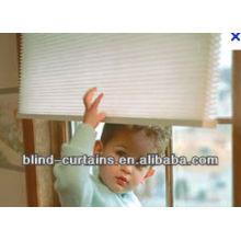 Elegant and soundproof honeycomb blinds