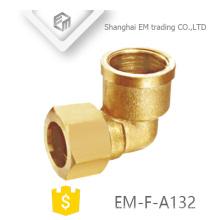 EM-F-A132 Hembra de latón hilo conector rápido codo accesorio de tubería