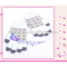 Трикотажные перчатки из акриловой пряжи