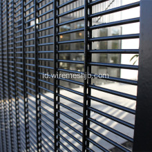 Tambahan Wire Type 358 High Security Mesh Fence