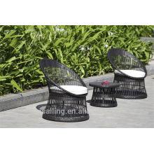 Heißer Verkauf im Freien Allwetter-Schwarzmetalltisch und -stühle eingestellt
