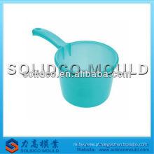 Molde redondo plástico da colher da água da cozinha
