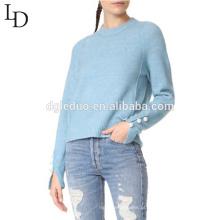 A cor pura feita sob encomenda da menina nova do projeto faz malha projetos de lã da camisola para senhoras