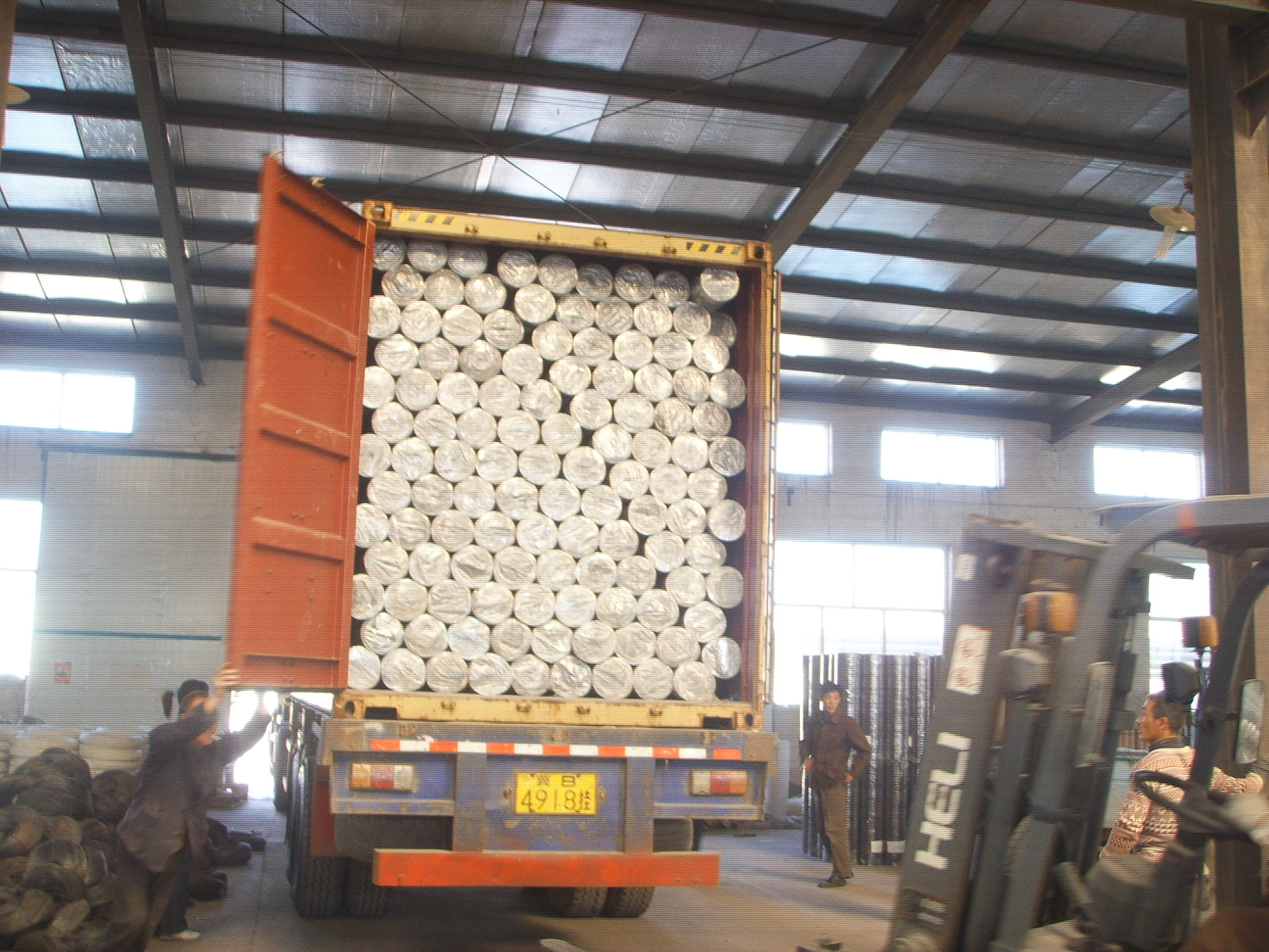 Welded Wire Mesh Loading