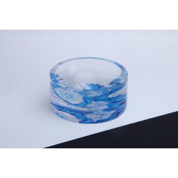 Cinzeiro redondo acrílico com padrão azul ondulado