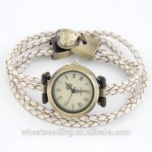 Montre européenne Vogue Watch Quartz avec bracelet en cuir pour personne différente 2014