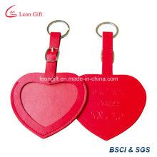 Hôtel à l'aide de coeur forme cuir étiquettes étiquettes à bagages
