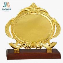 Forneça a placa feita sob encomenda da lembrança do metal do ouro do logotipo de 19,5 * 17,5cm para o presente