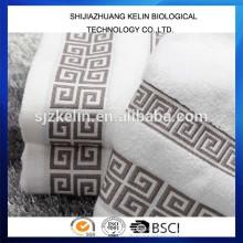100% Baumwolle Stickerei Logo Badetuch weiß