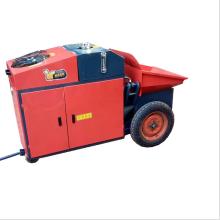 Transportando e pulverizando a máquina da maquinaria de construção