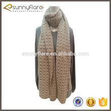 nuevo estilo 100% de cachemira de oro hilo de seda patrón de punto chal de la bufanda