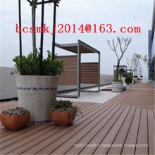 Decking composé décoratif extérieur imperméable pour le conseil de natation