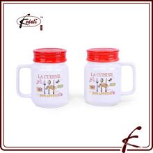 Mezclador de sal y pimienta de cerámica blanca con mango