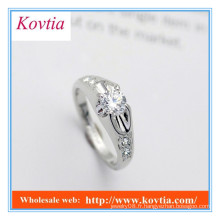 Anneaux de fiançailles argentés plaqués argent avec diamant