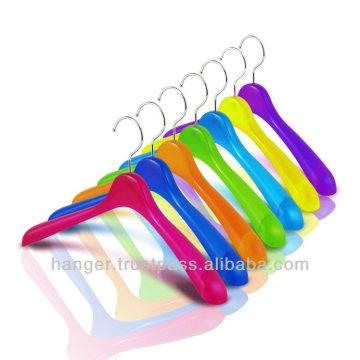 Rainbow-colored Durable Plastic Jacket Hangers for Bedroom Furniture