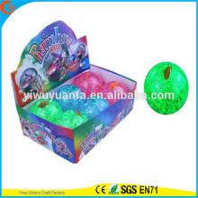 De alta calidad Kids'gift LED de iluminación de goma de 100 mm de agua intermitente de peces Bouncy Ball