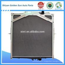 Radiateur de refroidissement de moteur haute qualité pour radiateur de camions VOLVO 8149362 85000325 85003229