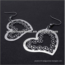 Heart style earrings with lace high polishing hollow out drop earring for ladies