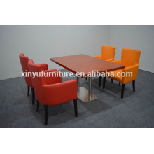 Modern vinyl leather restaurant dining room chair and table setsXYN1247