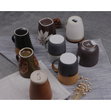 Nueva taza de cerámica de los regalos de la llegada 2016 con el esmalte para la venta