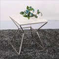 Table d'appoint carrée moderne simple