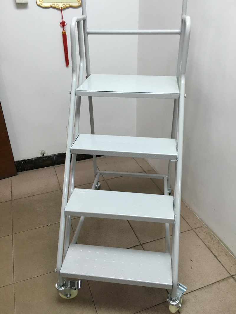 Movable Ladder 1.2 Meters High