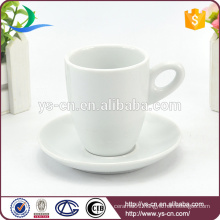2015 New Arrive customized ceramic coffee cup and saucer with high quality low price