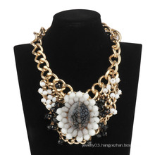 Big Queen with Hot Chain and Stones Necklace (XJW13601)
