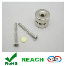 Magnete mit Schraube mit Nickel-Beschichtung