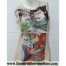 Camiseta del tatuaje