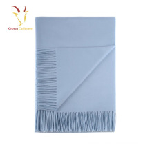Bufanda de cachemira italiana azul para hombre con flecos