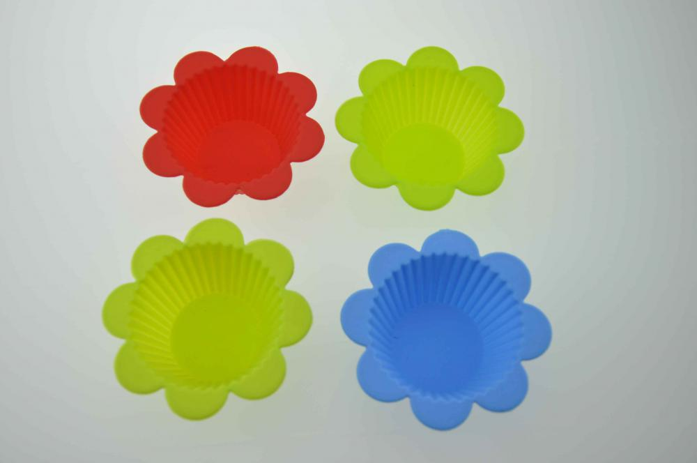 Red Yellow Flower Cupcake Silicone Muffin Mold