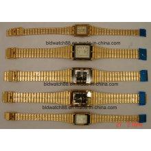 Relógio de pulso de ouro antigo para amantes