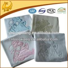 Manta Elegante para Bebês Wide Woven 80 * 100CM Em Cobertura De Bebê De Algodão De Cor Branca