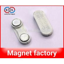 magnetic badges holder