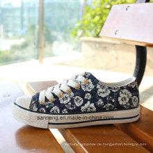 Vulkanisierte Gummi-Außensohle-Segeltuch-Schuhe für Frauen (SNC-03002)