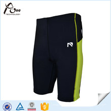 Gym Wear Shorts de compression Shorts en nylon pour hommes