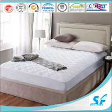 Comfy & Soft Fitted Polyester Mattress Protector