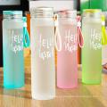 Garrafa de água de vidro de cor de arco-íris de alta qualidade com suporte
