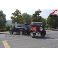 Mini caravane avec suspension à roues indépendantes avec système de cuisine