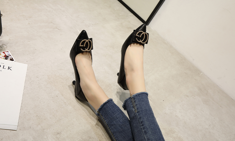 Lace-up High Heeled Slippers