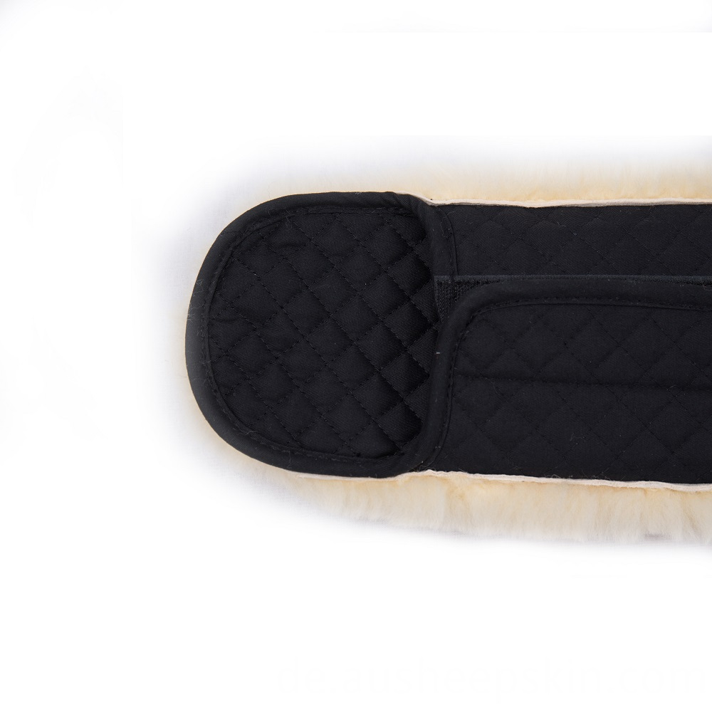 sheepskin short girth cover