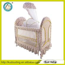 Berços baratos confortáveis do bebê