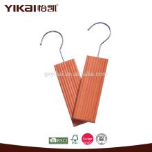 Гардероб для защиты от насекомых из кедровых блоков