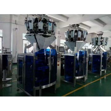 Automatic packing machine for chips food products